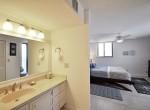 Q_Master-Ensuite-Bathroom-Vanity